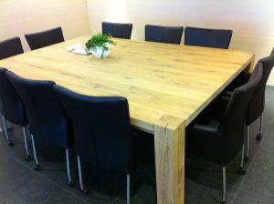 Vergadertafel voor 10 personen